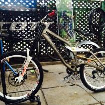 Bicicleta Downhill Kona Stab Supreme